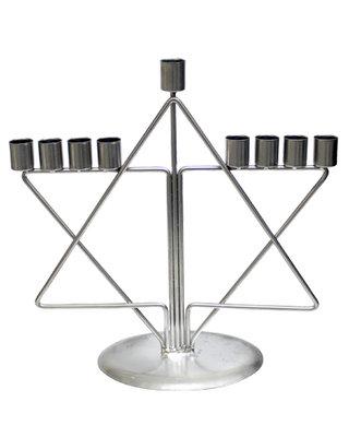 Chanukah Menorah / Chanoekia van aluminium met Davidster is 30,5 hoog en geschikt voor normale diner- of huishoudkaarsen