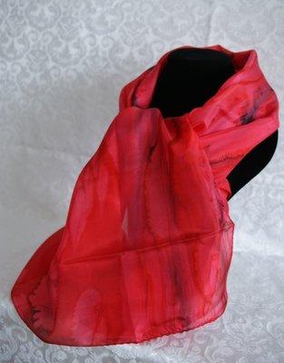 Handgemaakte wijnrode puur zijden sjaal uit Israel.