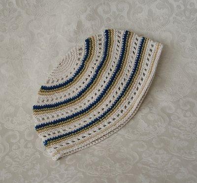 Keppeltje, gehaakte 'Frikka' keppel in mooi wit/aqua/beige streeppatroon