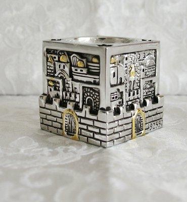 Kandelaar Jeruzalem, klein model vierkant