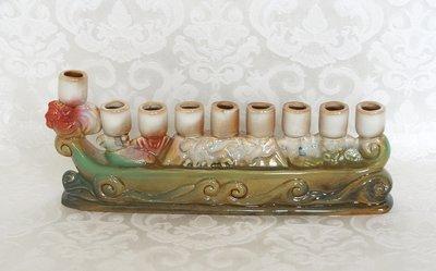 Chanukah Menorah, leuk klein model 'Ark van Noach' chanoekia van aardewerk 20cm breed