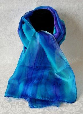 Handgemaakte turquoise/blauw puur zijden sjaal uit Israel.