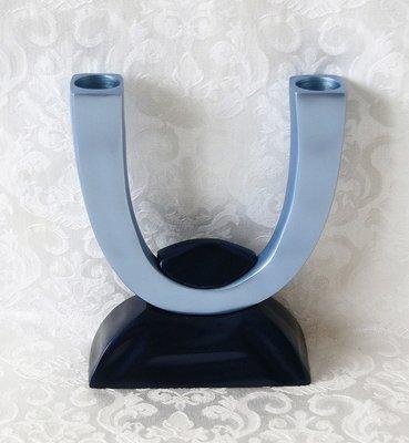 Shabbats kandelaar duo van Yair Emanuel in mat afgewerkte blauwtinten voor normale huishoudkaarsen