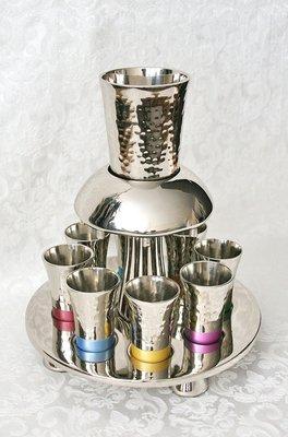 Prachtige wijnfontein / Kiddush set gehamerd glanzend zilverkleur multicolor van Yair Emanuel