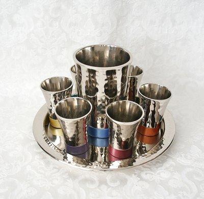 Prachtige 8-delige Wijnset / Kiddush set gehamerd glanzend zilverkleur multicolor van Yair Emanuel