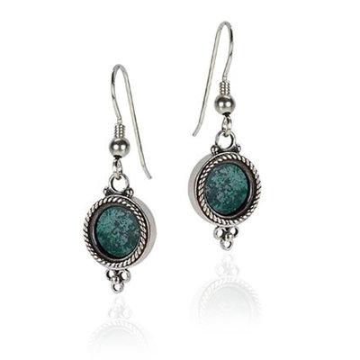 Oorbellen met Eilatsteen, prachtig gepolijste Eilatsteen in rond zilveren hangertje uit de Rafael Jewelry Collectie