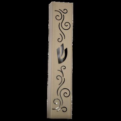 Mezuzah van bewerkt roestvrijstaal met matte cremekleurige afwerking