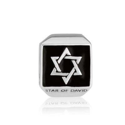 Zilveren Bedeltje met Davidster op zwart emaille ondergrond