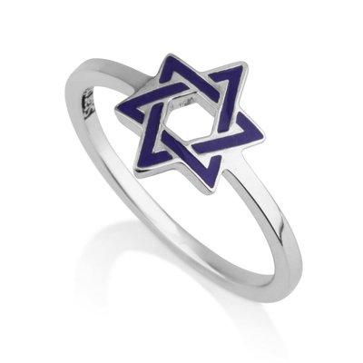Ring Davidster blauw, zilveren Ring uit Israel met blauw geëmailleerde Davidster van de Israelische ontwerpster Marina