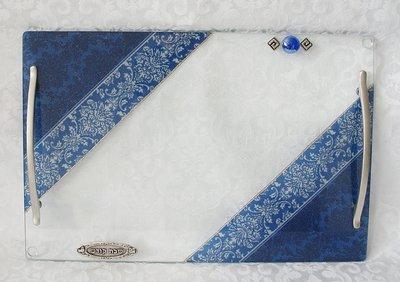 Handgemaakte Challah / Challe schotel rechthoekig met 2 handvatten in 'Israel' blauw uit de collectie van Lily Art