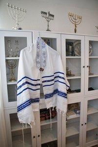 Tallit (gebedsmantel) met Messiaans Zegel stofkeuze acryl of 100% wol