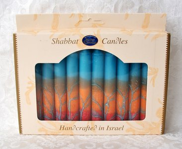 Shabbats kaarsen, kosher en handgemaakt in Safed verpakt per 12 stuks. Blauw/taupe/rood