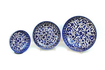 Schaaltje van Armeens aardewerk in blauw/wit voor vele doeleinden geschikt in 3 verschillende maten