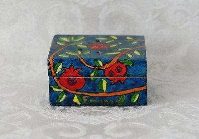 Specerijen (Besamim) doosje van Yair Emanuel met kruiden voor de Havdalah viering