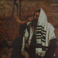 Litho: Man met Shofar en Tallit bij de Muur in Jeruzalem