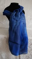 Handgemaakte blauwe puur zijden sjaal uit Israel