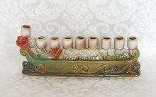 Chanukah Menorah / Chanoeka Menora, leuk klein model 'Ark van Noach' chanoekia van aardewerk 20cm breed