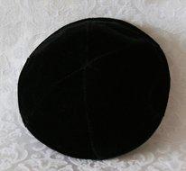 Keppeltje zwart fluweel.