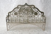 Chanukah Menorah (Chanoekia) voor olie, met Jeruzalem dessin dat met lasertechniek is gesneden uit aluminium (inclusief lampoli